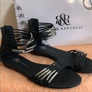 Rock & Republic flats